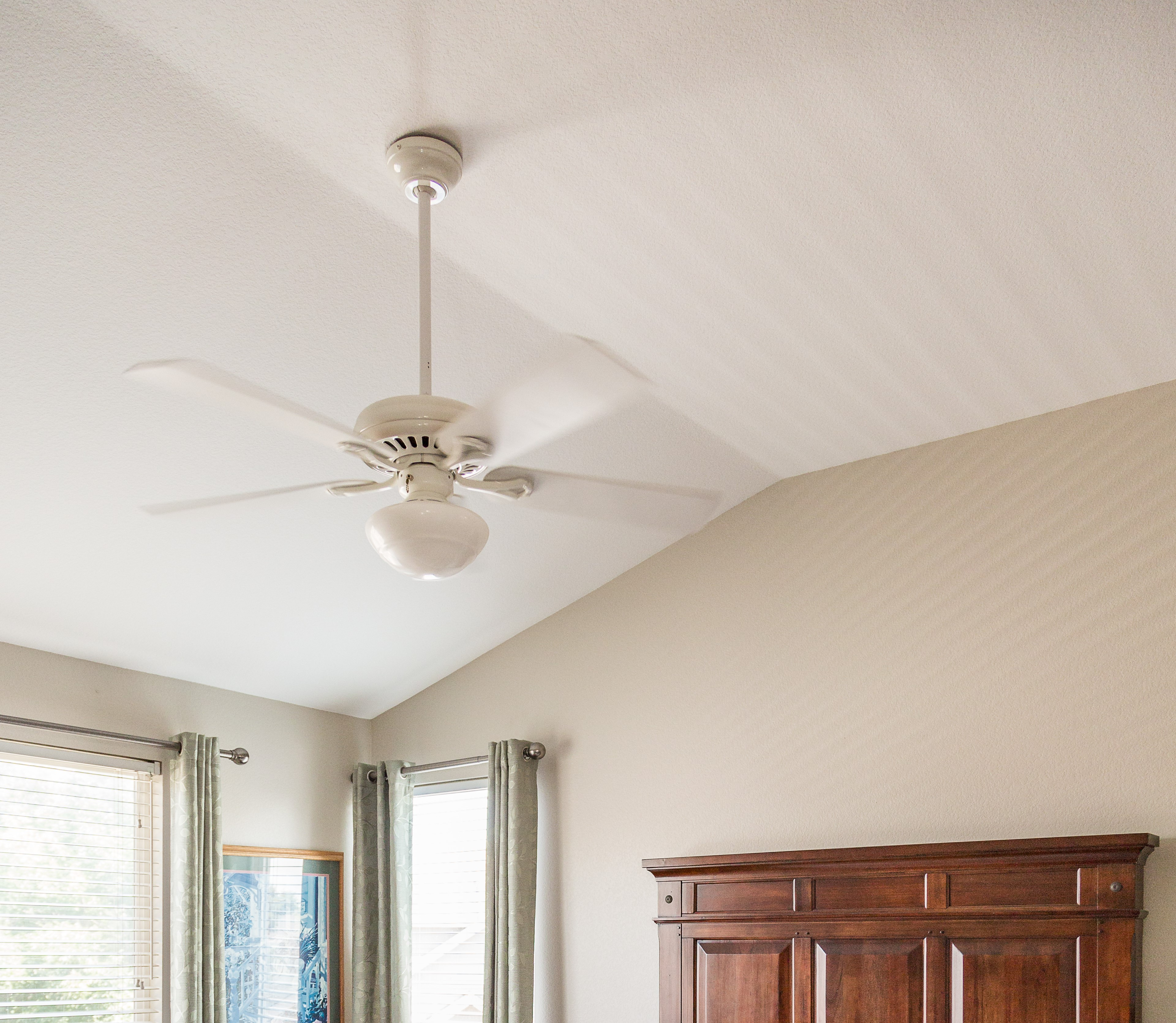 Tips For Painting Ceilings